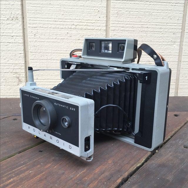 Vintage 70s Polaroid 225 Land Camera - Image 2 of 5