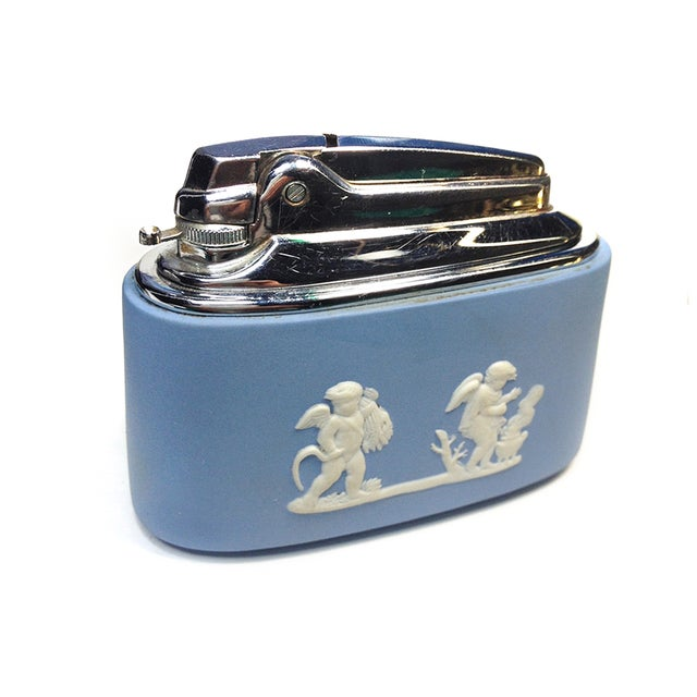 Wedgwood Table Lighter - Image 1 of 3