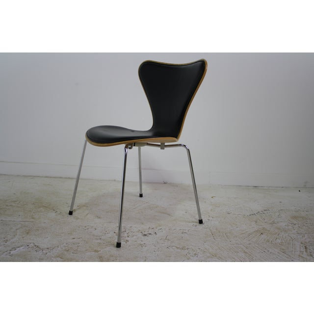 Arne Jacobsen Series 7 Chair Black - 16 Avail. - Image 3 of 7