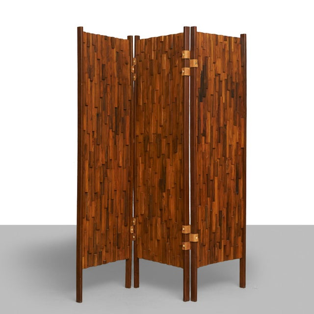 Brazilian rosewood screens in the manner of Percival Lafer - Image 3 of 6