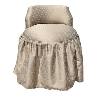 Skirted Vanity Pouf Chair