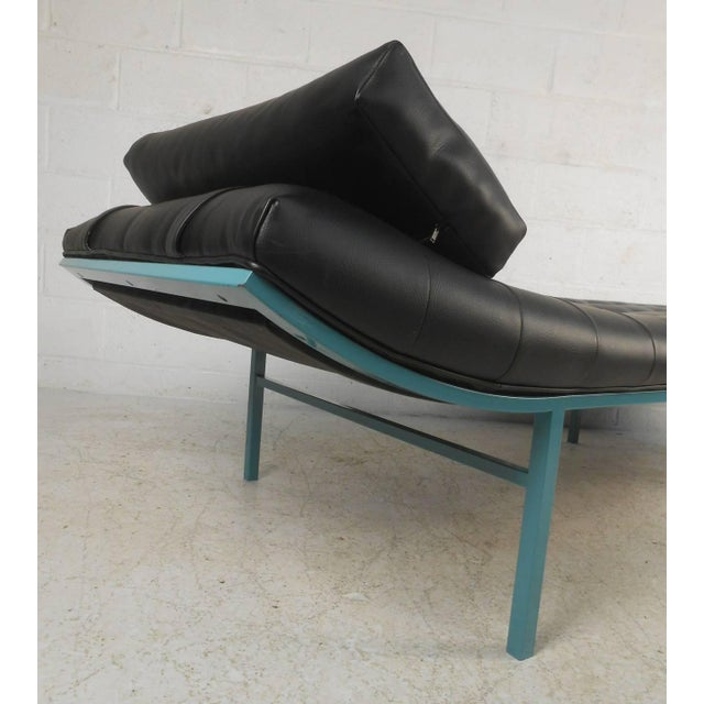 Modern Chaise Longue - Image 3 of 7