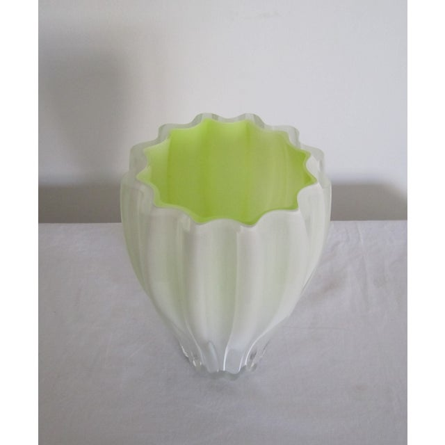 White And Neon Yellow Crystal Vase - Image 3 of 7