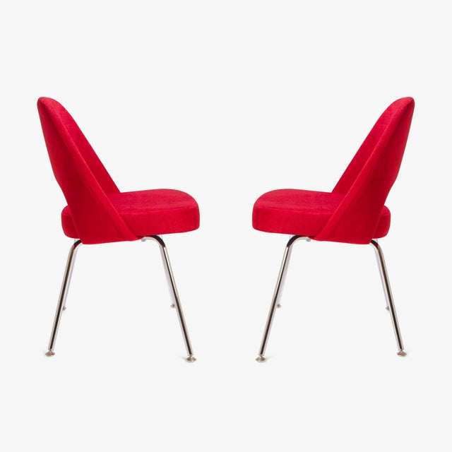 Saarinen for Knoll Executive Armless Chairs in Original Knoll Fire-Red, Pair - Image 4 of 9