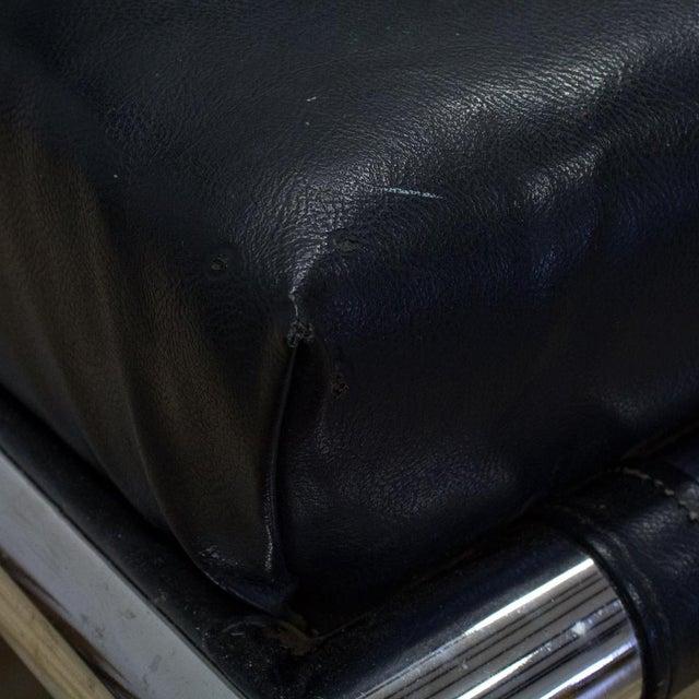 Tubular Chrome & Navy Vinyl Club Chair - Image 8 of 8