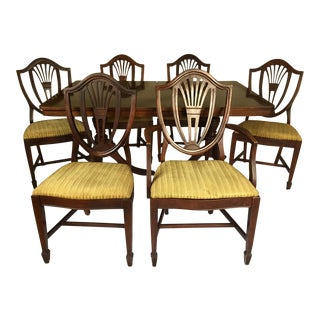 Broyhill Hepplewhite Style Federal Dining Room Set