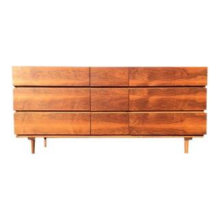 Vintage American of Martinsville Dresser