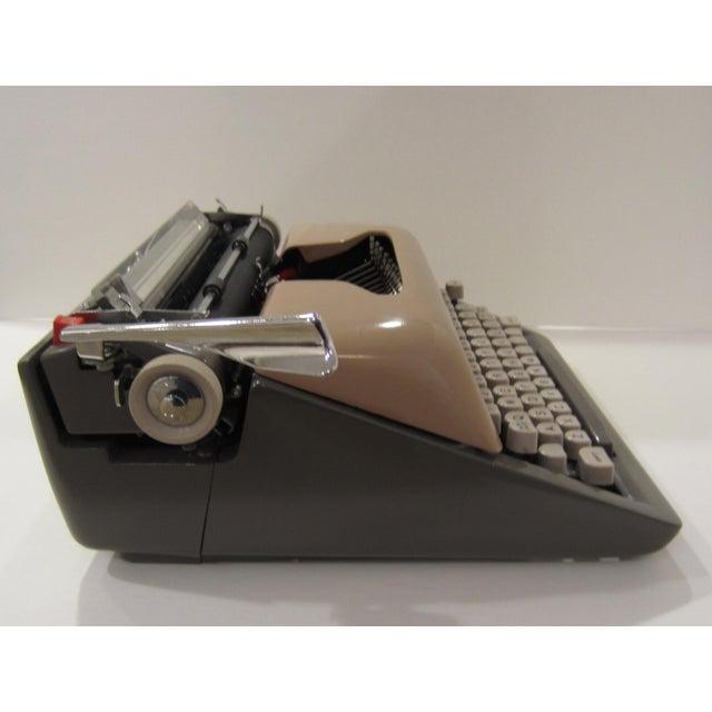 Mid-Century Royal Futura 800 Typewriter - Image 8 of 10