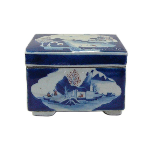 Image of Vintage Chinese Blue & White Porcelain Container