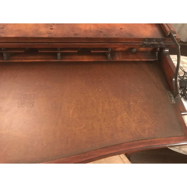 Burled Wood Lift Top Secretary Desk - Image 9 of 10
