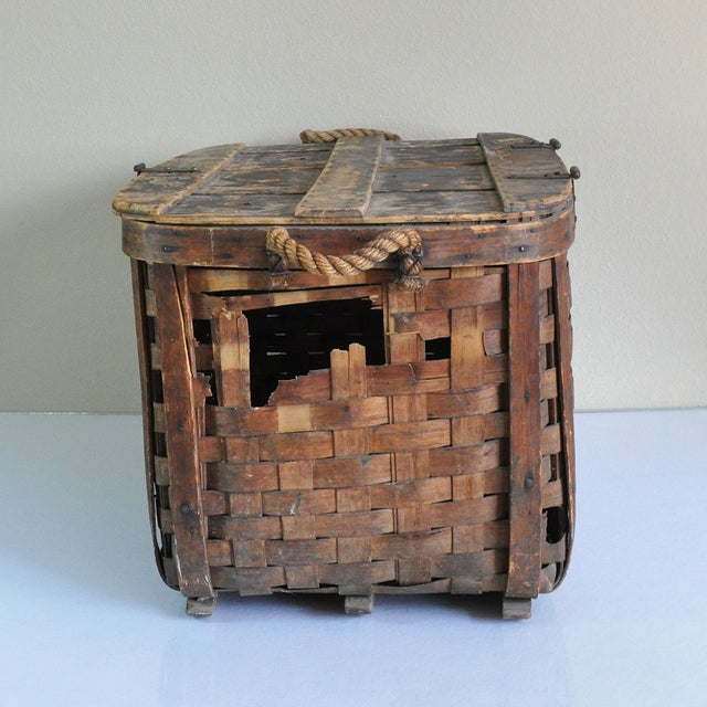 Large Rustic Antique Shipping Basket Trunk - Image 5 of 8