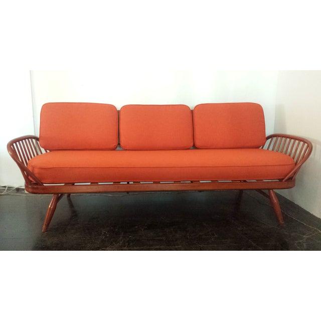 Antique Ercol Sofa: Vintage Ercol Studio Sofa/Daybed