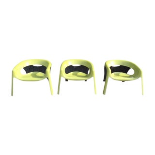 1970s Space-Age Fiberglass Chairs -Set of 3