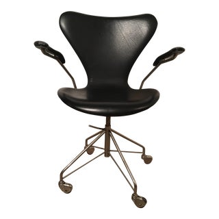 Arne Jacobsen Sevener Desk Chair, Model 3117
