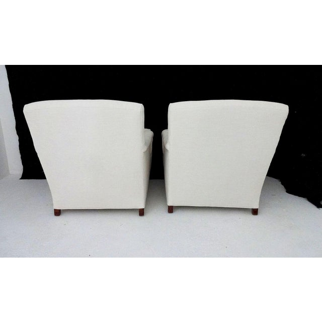 English Country House Style Club Chairs - A Pair - Image 3 of 6