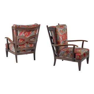 Paulo Buffa pair of oak lounge chairs, Italy, 1940s
