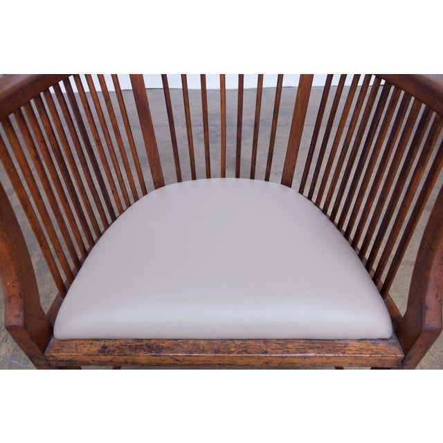Arts & Crafts Style Spindle Back Armchair - Image 3 of 5