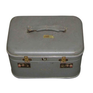 Vintage Train Case With Mirror for Toiletries