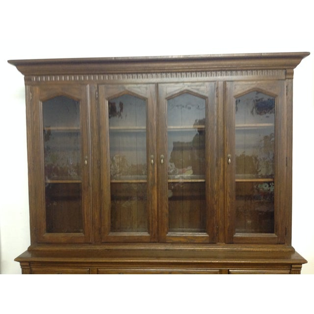 Ethan Allen Breakfront China Cabinet - Image 6 of 11