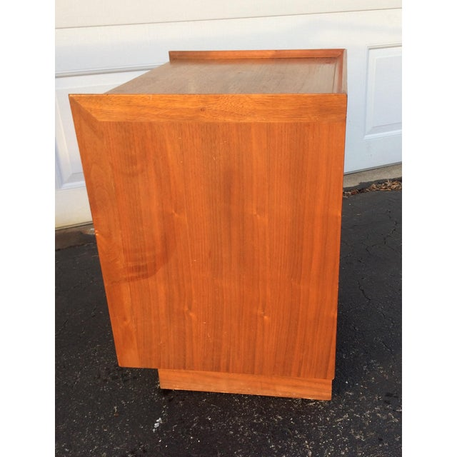 Dillingham Esprit Mid-Century Modern Nightstand - Image 10 of 10