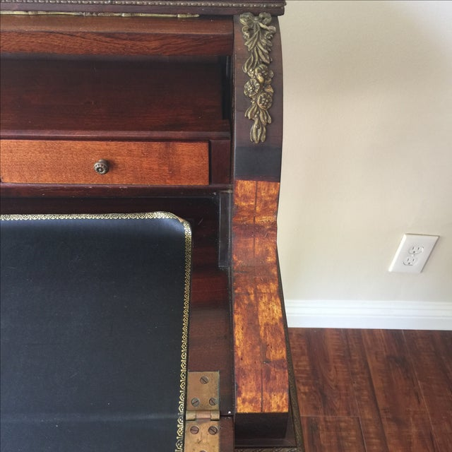 Antique French Style Ladies Desk - Image 5 of 11