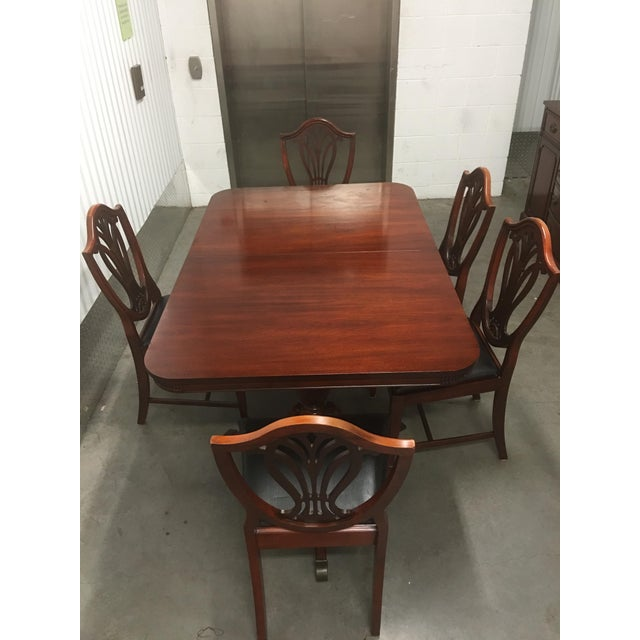 Duncan phyfe mahogany dining set chairish for Duncan 5 dining room table