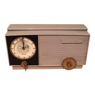 Vintage RCA Victor Retro Radio