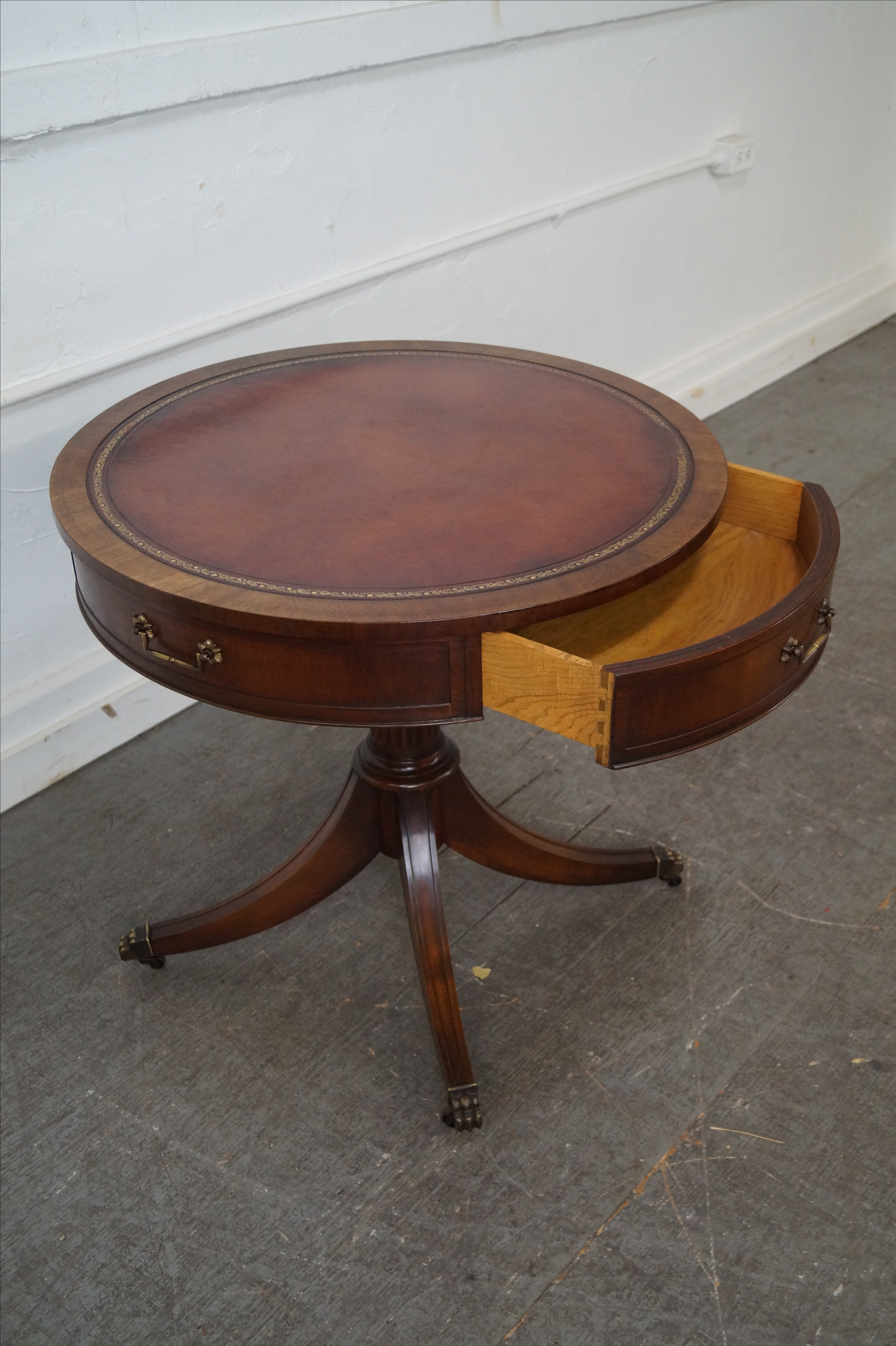 Weiman 1940s Mahogany Round Leather Top Drum Table   Image 4 Of 10