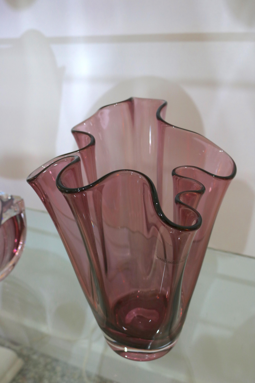 Pink Handkerchief Glass Vase   Chairish Ruffled Handkerchief Glass Vases Bedford, A