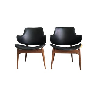 Vintage Mid-Century Kodawood Clam Shell Chairs