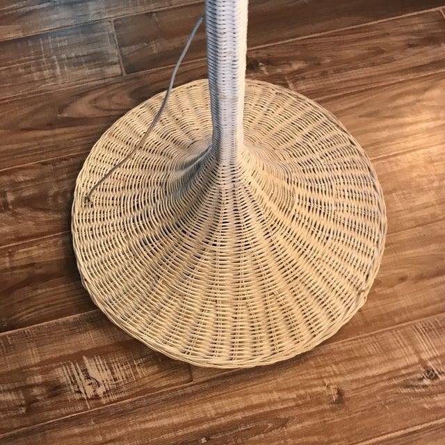 Mid-Century White Wicker Floor Lamp - Image 5 of 6
