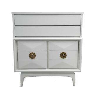 White Diamond Front Dresser by United Furniture