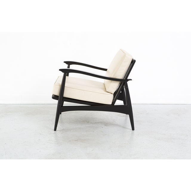Mid-Century Cream Leather Accent Chair - Image 4 of 8