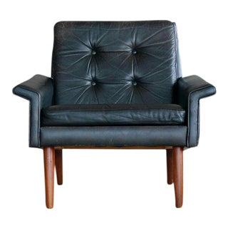 Illum Wikkelsø Style Easy Chair in Black Leather and Teak Denmark, 1960s