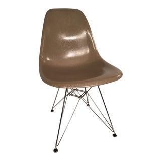 Early Zenith Herman Miller Eames Fiberglass Side Chair