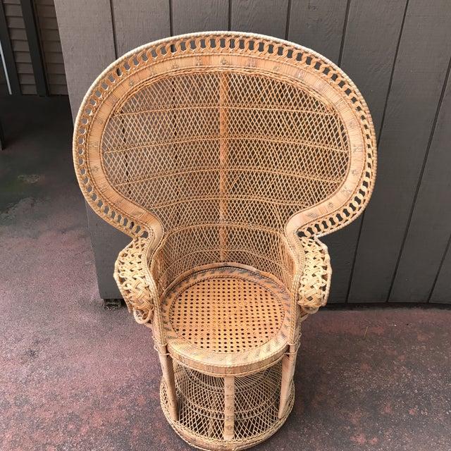 Vintage Wicker Peacock Fan Chair - Image 3 of 7