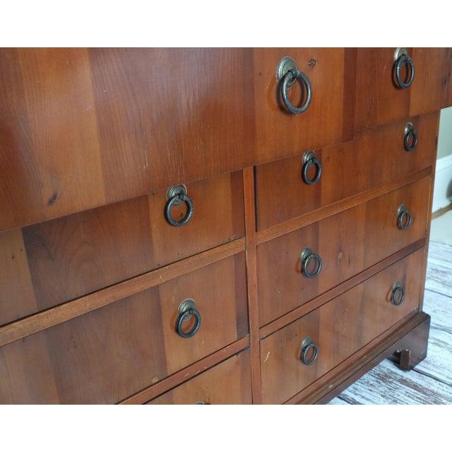 Vintage Georgian 8-Drawer Mahogany Dresser - Image 4 of 8