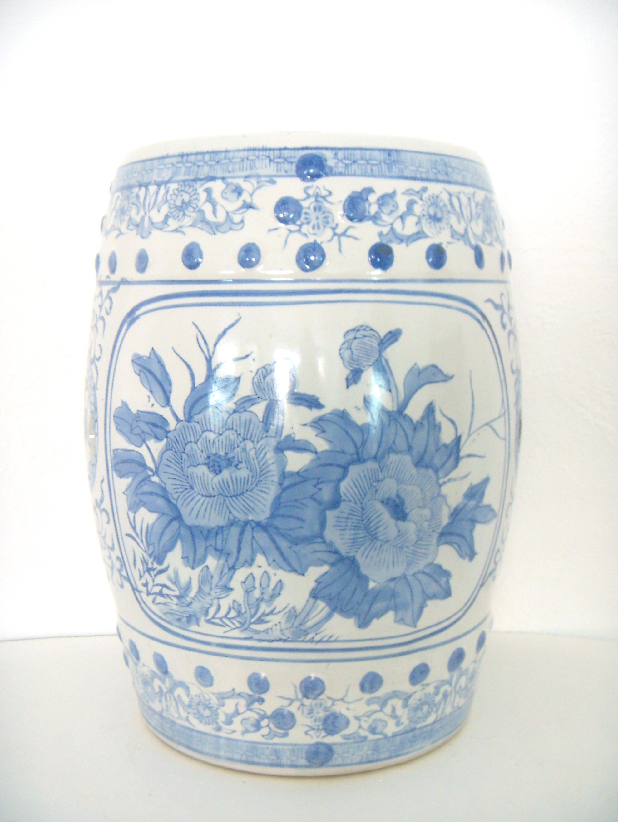 Blue Amp White Chinese Ceramic Garden Stool Chairish
