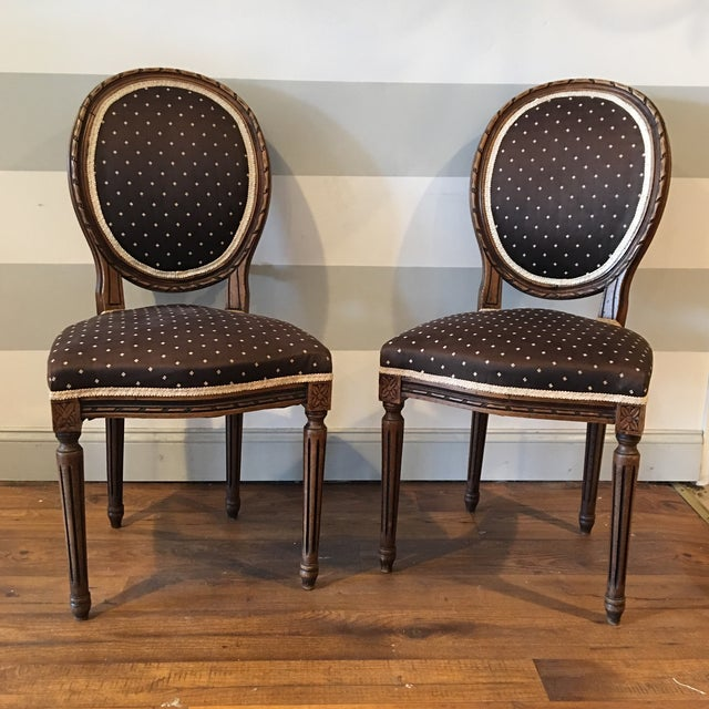 Image of Queen Anne Side Chairs - A Pair