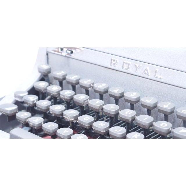 Vintage Royal Quiet Deluxe Typewriter - Image 7 of 9