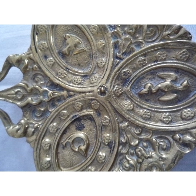 Image of Vintage English Brass Hunt Trinket Dish
