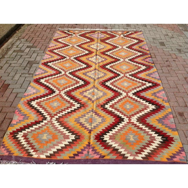 "Vintage Diamond Turkish Kilim Rug - 6' 10""x 11' 7"" - Image 2 of 6"