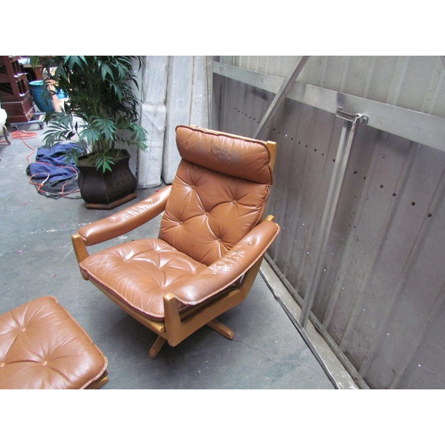 Lied Mobler Mid-Century Leather Recliner Chair & Ottoman - Image 7 of 9