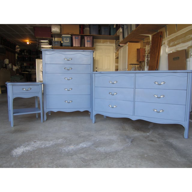 Image of Vintage French Provincial 4 Drawer Dresser ASCP