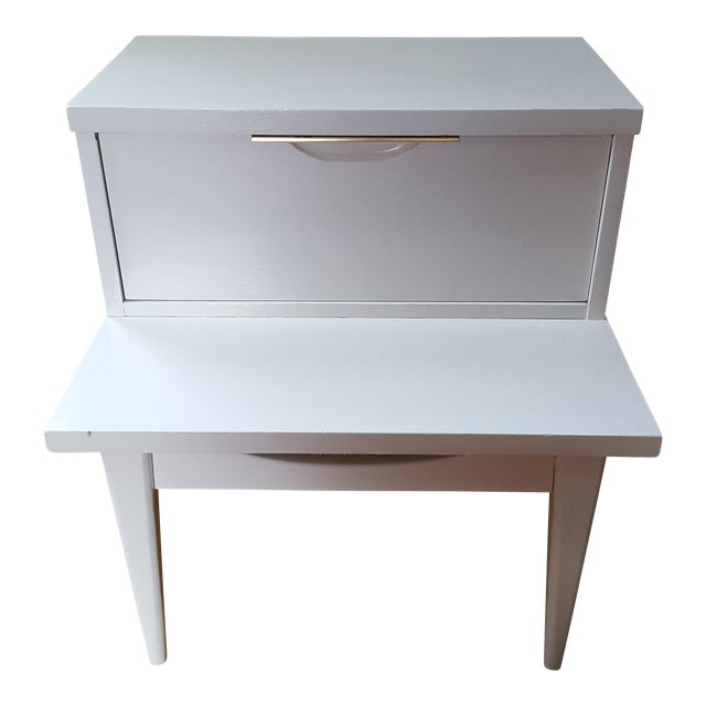 Kent Coffey End Table - Image 1 of 9