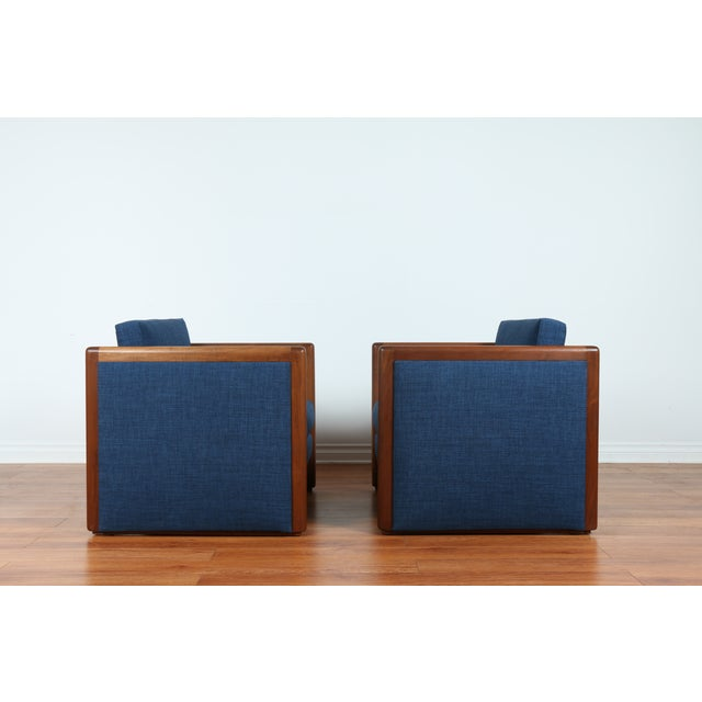 Navy Blue Mid-Century Club Chairs- A Pair - Image 6 of 10
