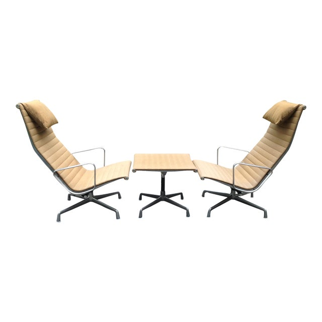 Image of Herman Miller Eames Lounge Chair Ottoman - Pair