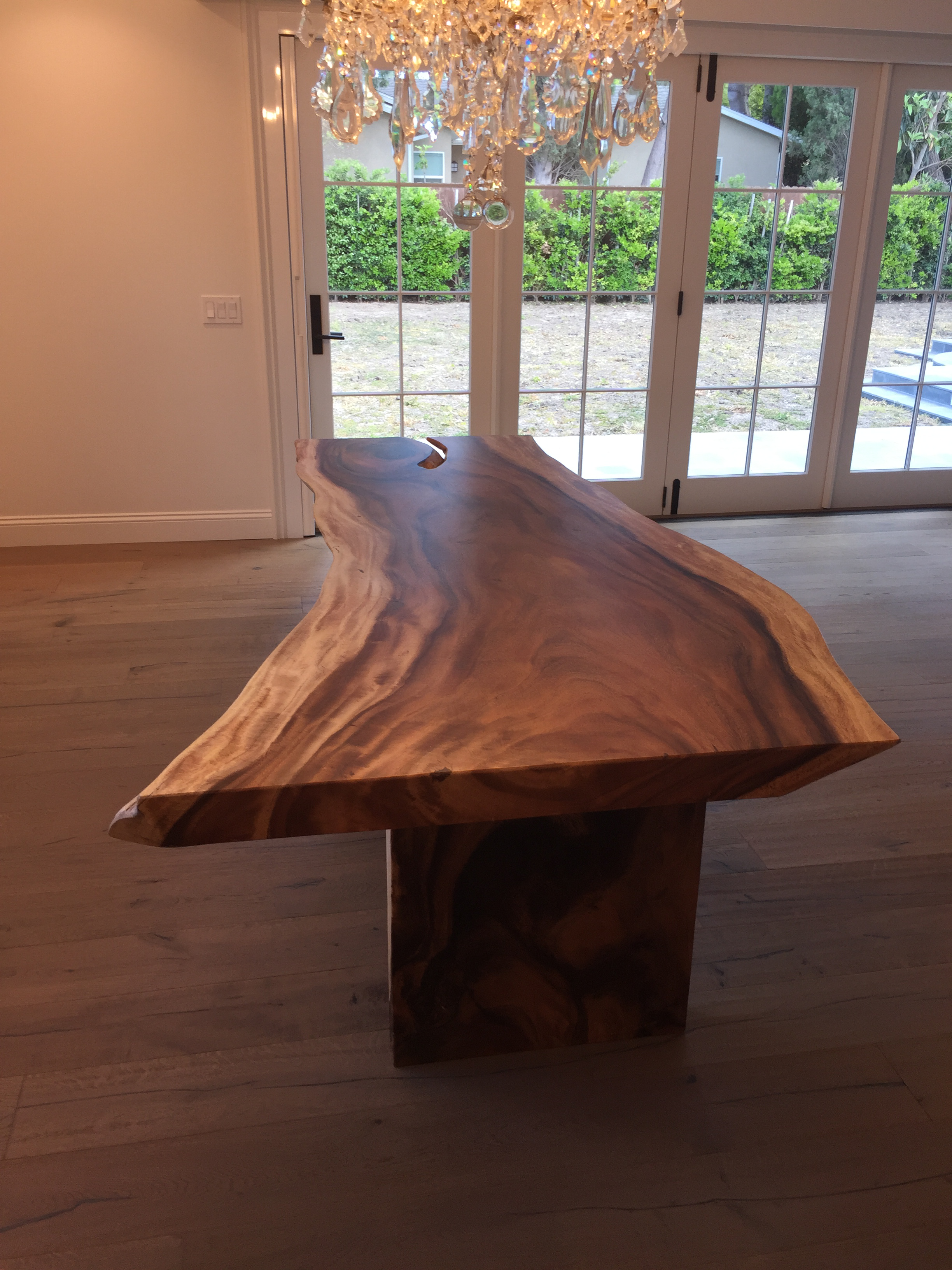 HD Buttercup Live Edge Dining Table   Image 4 Of 6