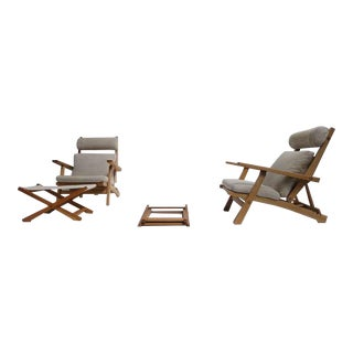 Amazing Pair of Hans Wegner Ap71 Reclining Lounge Chairs With Rare Ottomans