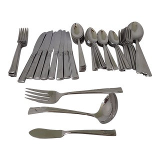 Modern Stainless Flatware Set